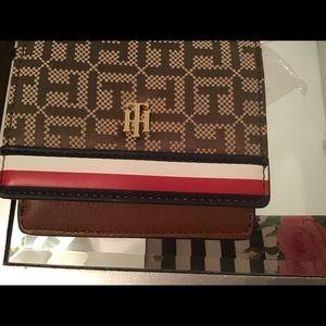 Beautiful Tommy Hilfiger wallet